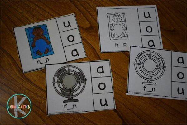 Free printable short vowel clip cards in color or black and white are a great way to improve reading and literacy with Kindergarten and first grade