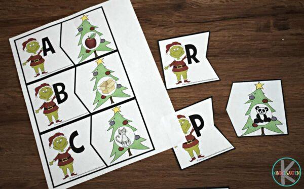 christmas-phonics-alphabet-puzzles-free