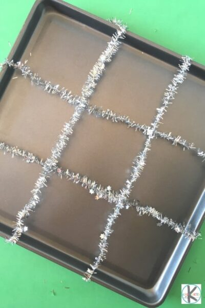 make Christmas ribbon or tinsel into grid