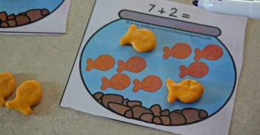Use fish crackers to complete these addition within 10 equations.
