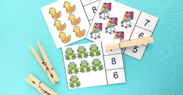 Super cute spring counting clip cards for kindergarten and math activity for preschoolers