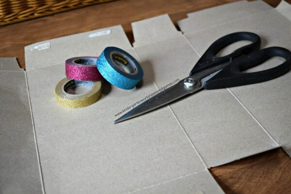 Make an ice cream cardboard craft with washi tape