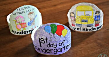 Super cute craft and activity to celebrate the 1st Day of Kindergarten