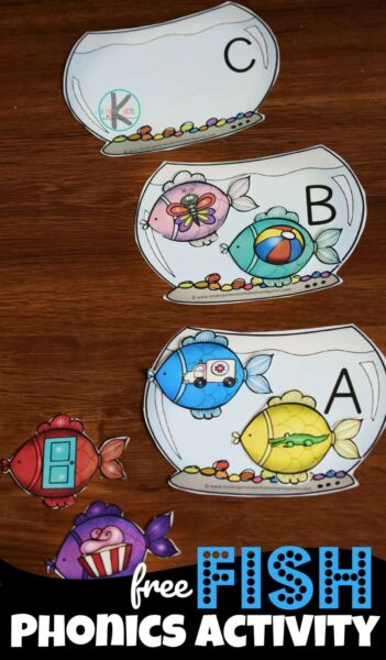 Free FISH Phonics Activity - Help kids work on phonemic awareness as they practice listening for beginning sounds with this fun, hands-on Fish kindergarten phonics activities. This phonics activity is also perfect for preschool, pre k, and first grade students. Children will love the super cute fish theme and sorting the fish into alphabet fish bowls based on the beginning sound of the clipart image on the fish.