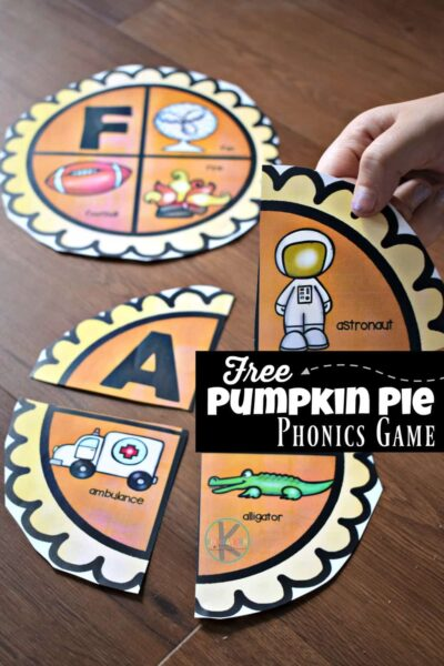 FREEPumpkin Pie Phonics Games for Kindergarten - fun, hands on alphabet activity for prek and kindergarten age kids to learn letters and their sounds with a fun, hands on ABC puzzle for thanksgiving theme #alphabet #kindergarten #thanksgiving