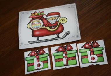 Christmas CVC Words activity with kindergartners and first graders