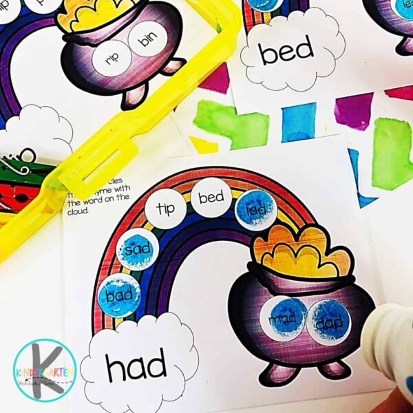 This spring rhyming worksheets are in black and white or color. Students will use bingo markers to read, rhyme, and dab accross the rainbow to the pot of gold with this Spring Activities for Kindergarten