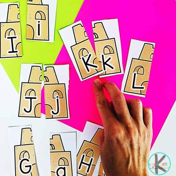 alphabet matching activity for preschoolers and kindergartners